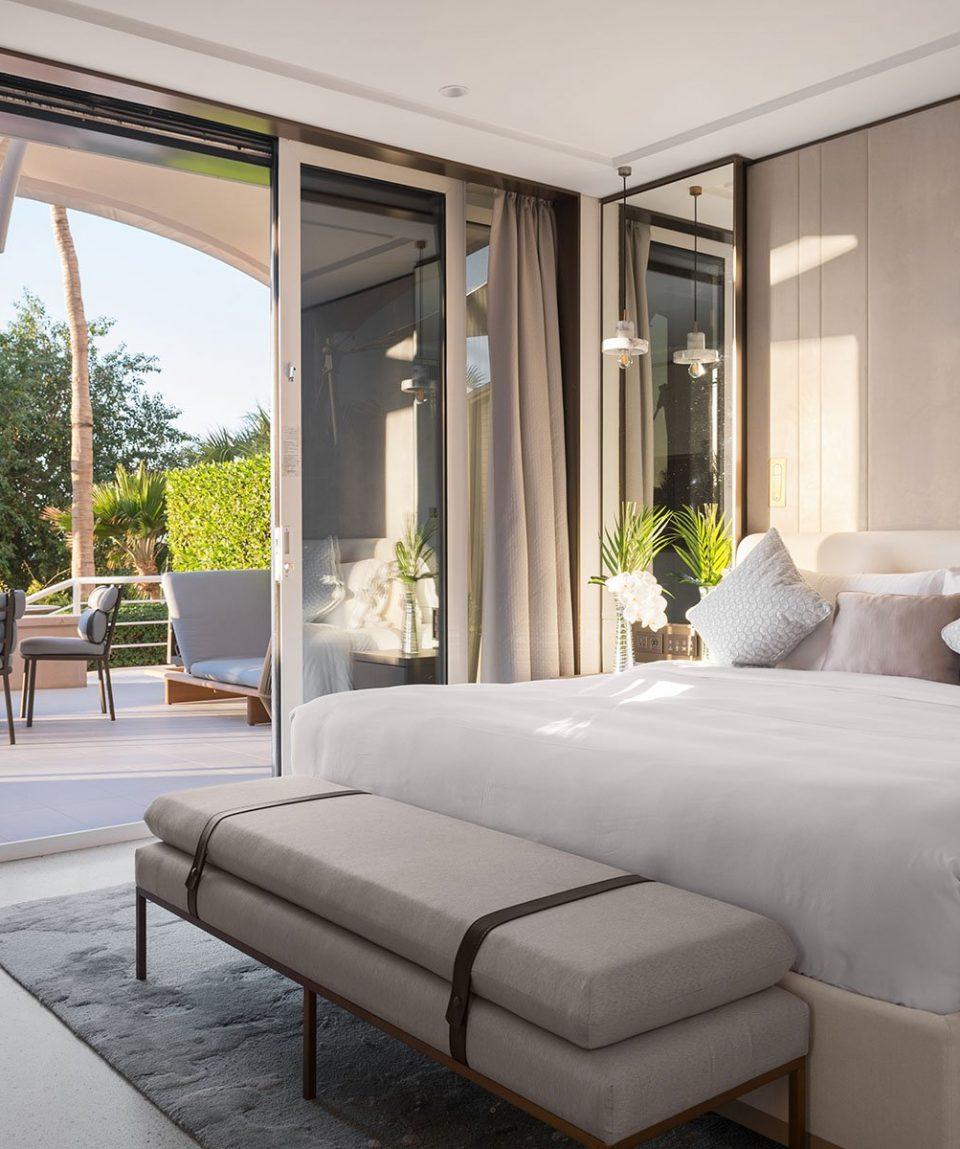 Jumeirah Beach Hotel - Family Garden Suite Bedroom