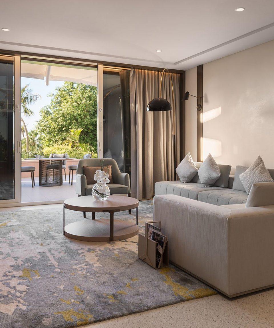 Jumeirah Beach Hotel - Family Garden Suite Living Room