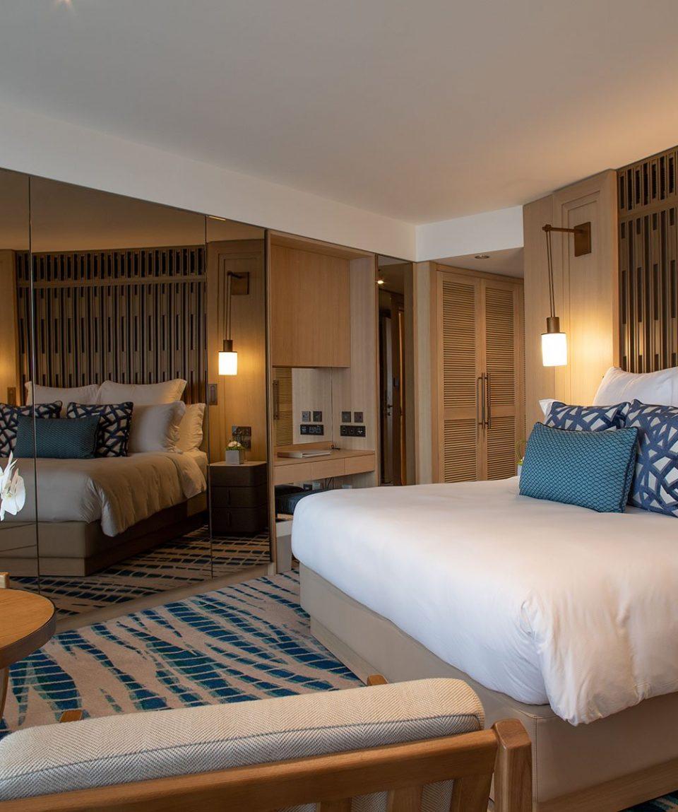 Jumeirah Beach Hotel - Ocean Deluxe Room 1
