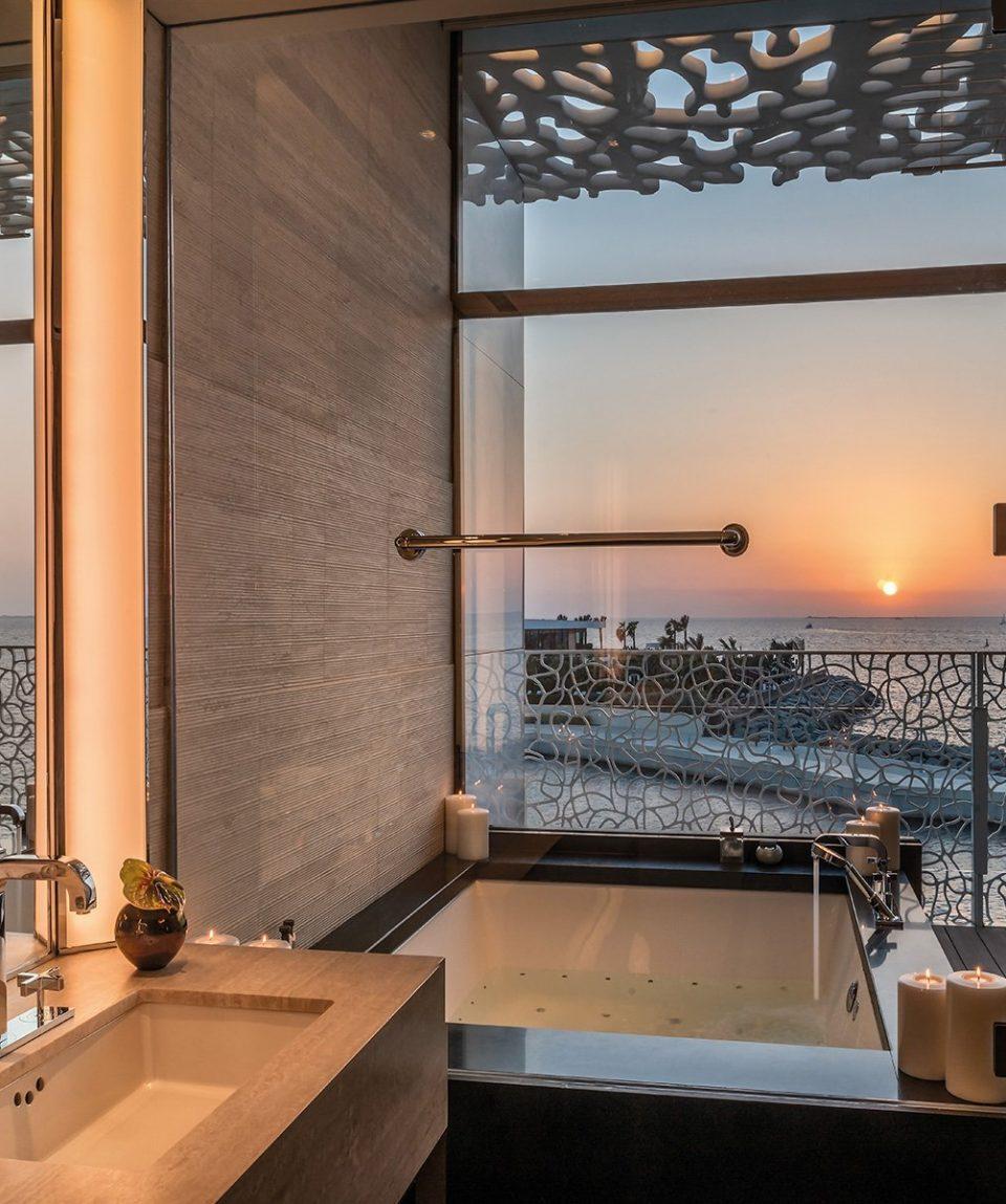 The Bvlgari Resort Dubai _ The Bvlgari Suite - Bathroom by Sunset