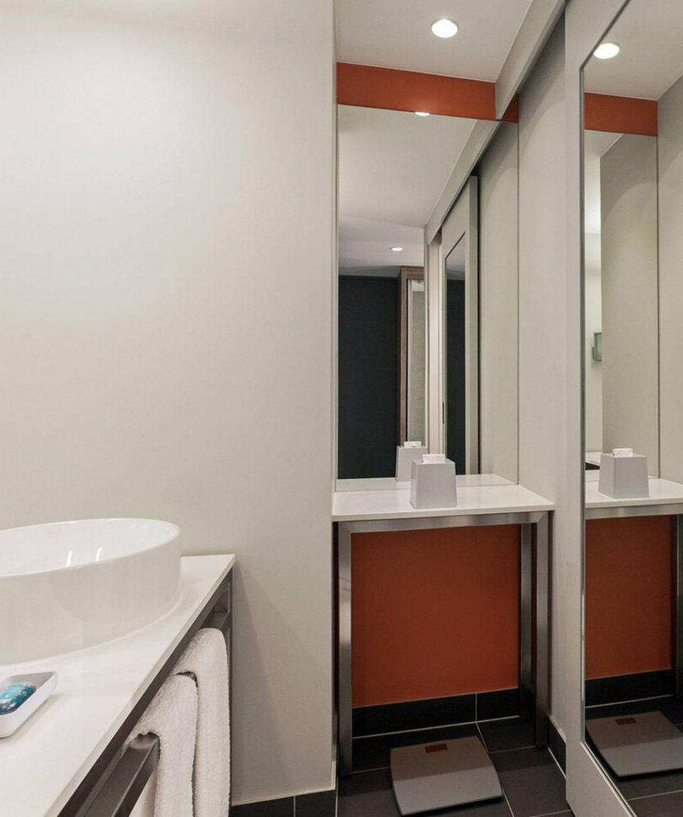 dxbap-bathroom-0844-hor-clsc
